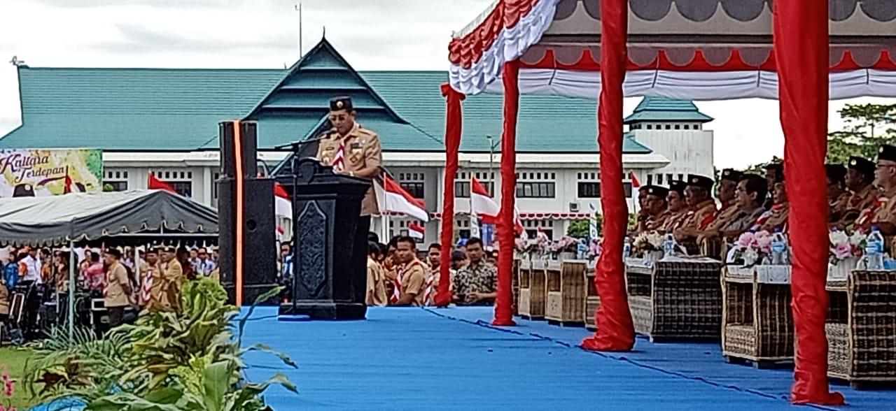 Hadiri Hut Pramuka ke 58, Bupati Malinau Resmi Tutup Bulan Bakti RT Bersih - swarakaltara.com