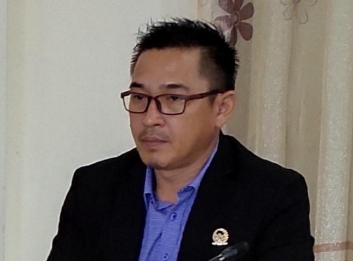 Hendri Tuwi, SE, M.Si