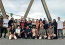 Penghujung Ramadhan, Cluster 018 Bagikan Takjil Bagi Pengendara Bermotor